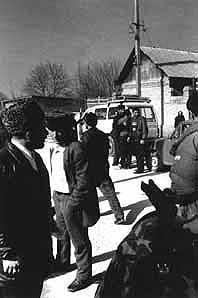 Armed civilians at marketplace in Vedeno, Cechnya
